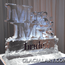 Mr & MRS Ice Sculpture