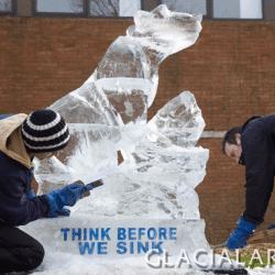 LIVE Carving - Polar Bear