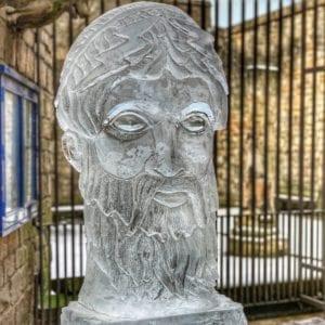 Zeus. Instagram @cjjourneys 300x300 - Legendary Return to the York Ice Trail