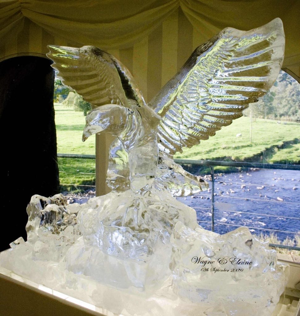 ice sculpture for wedding
